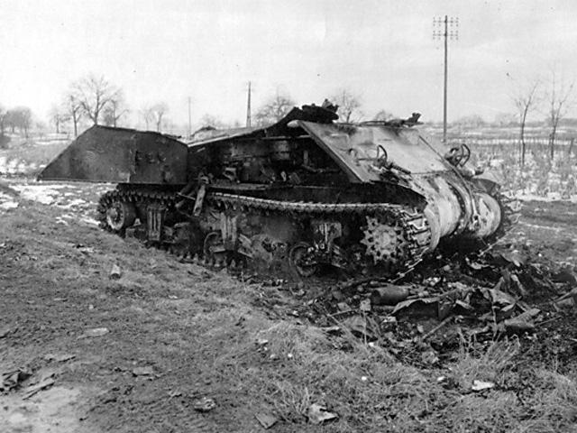 Gandrīz pilnībā iznīcināts... Autors: DamnRiga WWII Sašauti amerikāņu tanki
