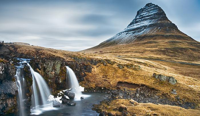 3vieta bronza  Kirjufell... Autors: AreYouFuckingKiddingMe Top 5 skaistākie kalni