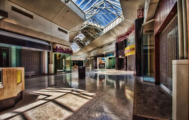 Westfield Shoppingtown... Autors: Plane Crash central Baisākie pamestie iepirkšanās centri pasaulē