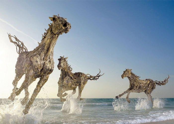 Autors: Fosilija Apbrīnojami mākslasdarbi no koka.