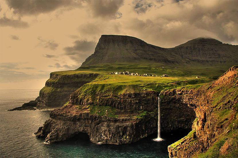 Gasalduras ciems Fēru salas... Autors: Liver Skaistāko pasaules ciemu fotogrāfijas