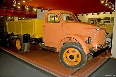 Un scaronis ir pēdējais... Autors: Klusais vājprāts GAZ 51 GAZ 63  (1946 g. - 1975 g.) 1