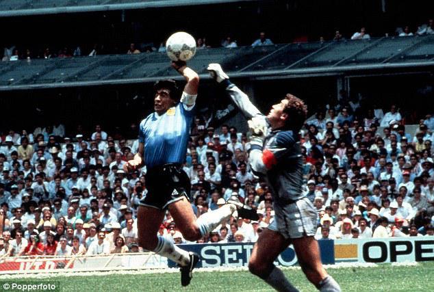 Djego Maradonas quotdieva... Autors: Testu vecis Mazāk redzēti foto, kas šokēja pasauli