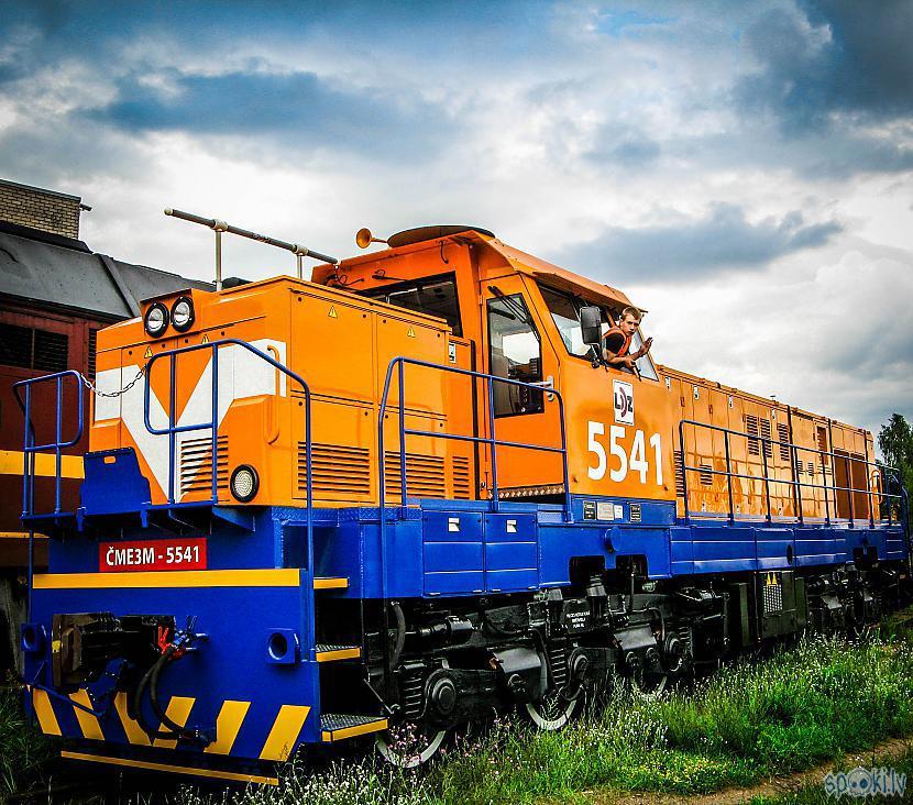 Modernizētā dīzeļlokomotīve... Autors: xDrive_Unlimited ČME3 / ČME3M Manevru lokomotīves