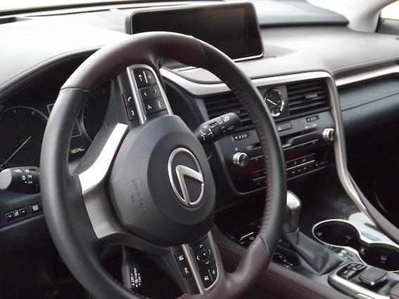 Autors: autodromslv Jaunais Lexus RX200t: neliels videoapskats un dažas vērtīgas atziņas