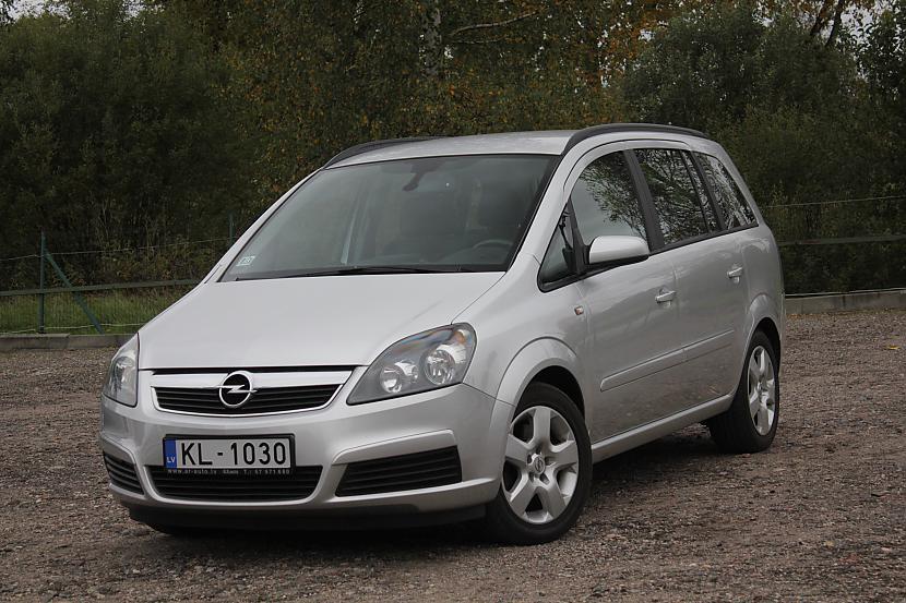 Latvijā ir reģistrētas 8 322... Autors: Bezvārdis Apskats par Latvijā reģistrētajām automašīnām.