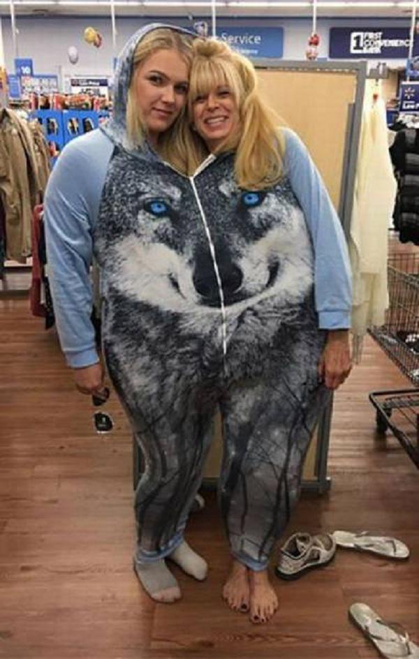 Autors: Mao Meow Vai šīs bikses liek man izskatīties resnai? - Nu jā, gluži kā divi cilvēki!