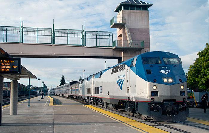 Es ierados stacijā un atradu... Autors: bananchik Šķērsojam Ameriku ar vilcienu