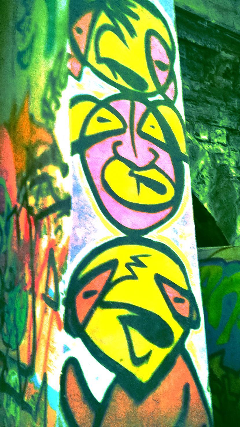 Autors: Strāvonis Graffiti