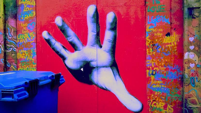 Autors: Strāvonis Graffiti Nr.4