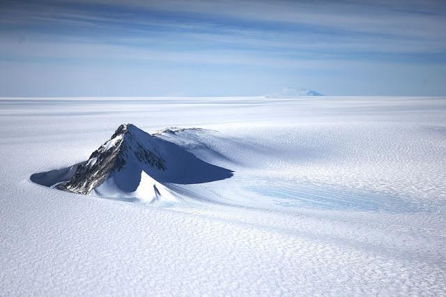 Salīdzinot datus vairāku gadu... Autors: 100 A Lidojums virs Antarktikas, NASA operācija «Ledus Tilts»!