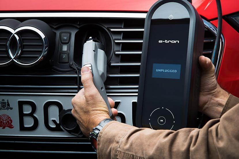 Scaronis elektromobīlis tiek... Autors: The Next Tech Audi piedāvā elektrisko bezceļņieku - Teslas konkurentu