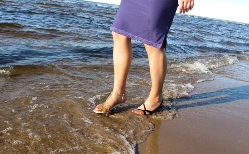 """Autors: Fosilija Blue Sea Ribbon - """"lietus sandaļu"""" jūras pastaiga 3"""