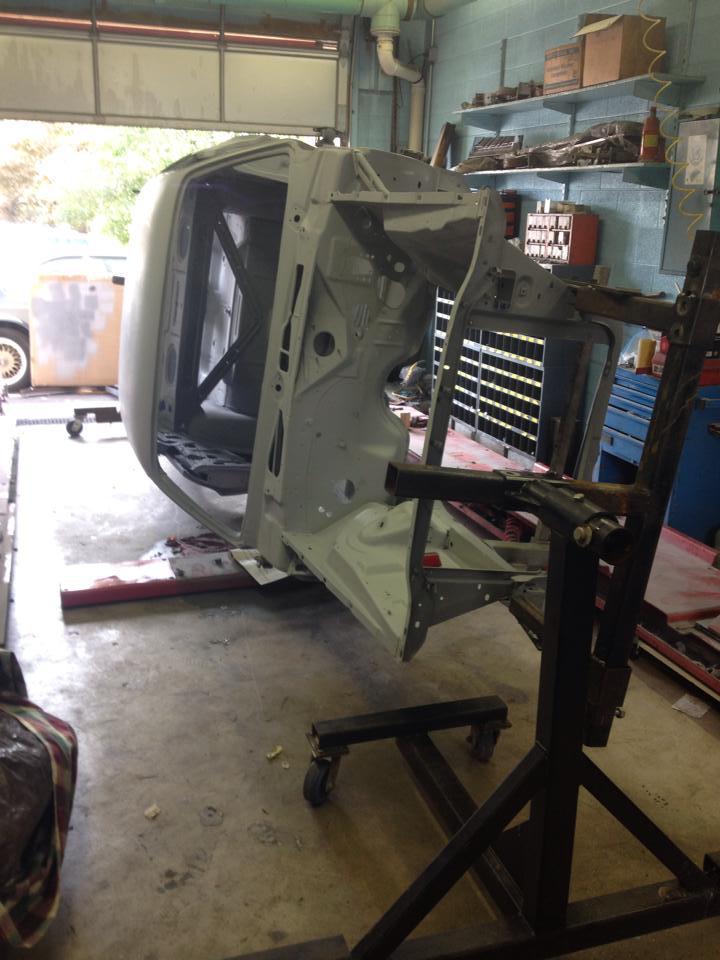 1971 Dodge Challenger RT... Autors: sixsixsix 1971 Dodge Challenger R/T 440-SIX PACK Shaker Hood Restaurācija 2. Daļa