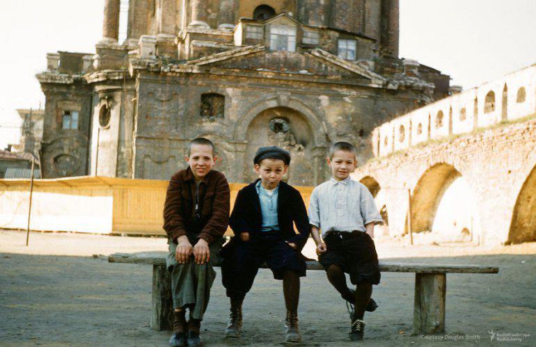 Bērni blēņojas... Autors: 100 A Reti redzēti kadri no Staļina ēras, kurus uzņēmis ASV spiegs!
