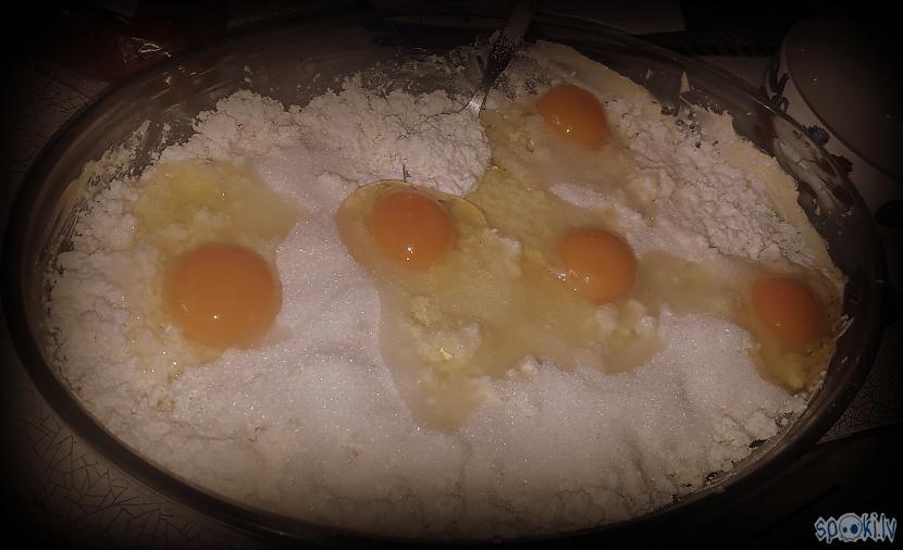 Pievienoju olas un cukuru Autors: sfinksa Biezpiena sacepums