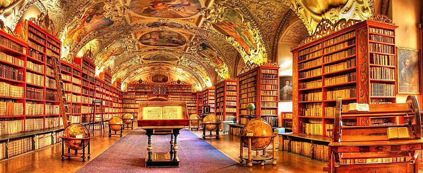 Strahova klostera bibliotēka... Autors: matilde 13 skaistākās bibliotēkas pasaulē, kas būtu jāapmeklē katram grāmatu mīlim