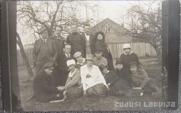 Attēlā Pagaidu Nacionā teātra... Autors: GargantijA Pirms 100 gadiem Latvijā