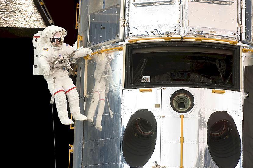 nbspnbspFoto Pixabay5 oktobrī... Autors: Lestets NASA salabo teleskopu kā jau visi citi - izslēdzot un ieslēdzot to