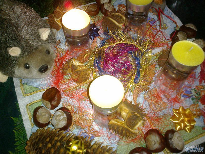 Nu ko pirmā svecīte jau mīļi... Autors: ezkins Rudens palīgs Adventā
