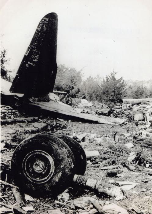 Kapteinis piedzīvo sirdstrieku... Autors: Plane Crash central Dīvaini un neparasti aviācijas negadījumi