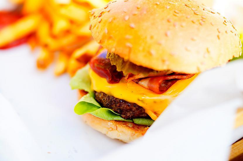 nbsp10 Pastāv slepens burgeris... Autors: Latvian Revenger 16 «Maķīša» noslēpumi, ar kuriem der iepazīties