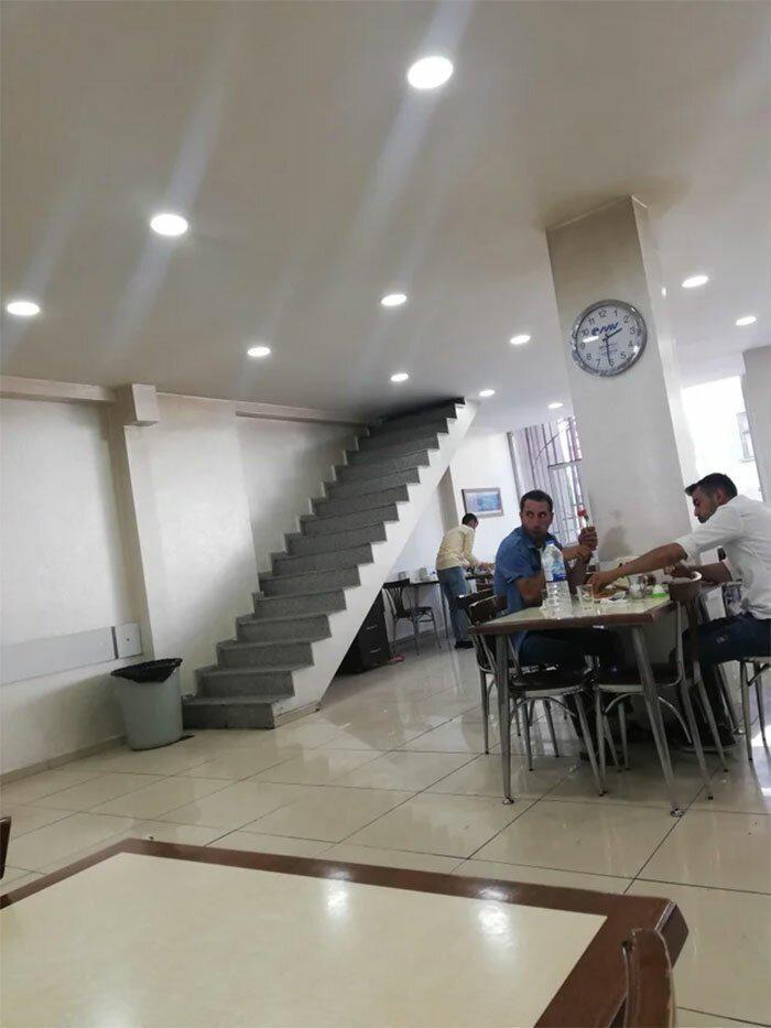 Un tas ir Turcijā  kāpnes uz... Autors: Fosilija 30 reizes, kad restorānu dizaineri cieta graujošu fiasko