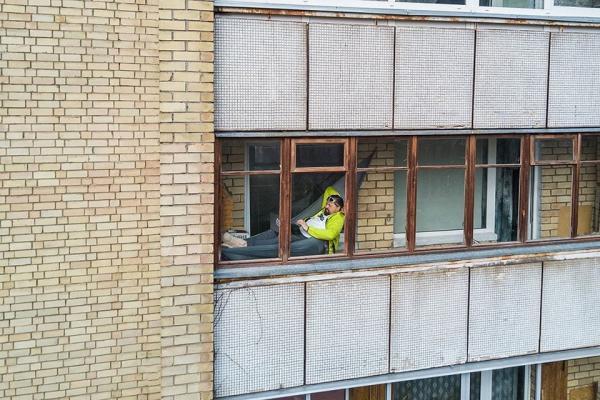 Autors: matilde Fotogrāfs no Lietuvas ar drona palīdzību iemūžina, ko citi dara savās mājās