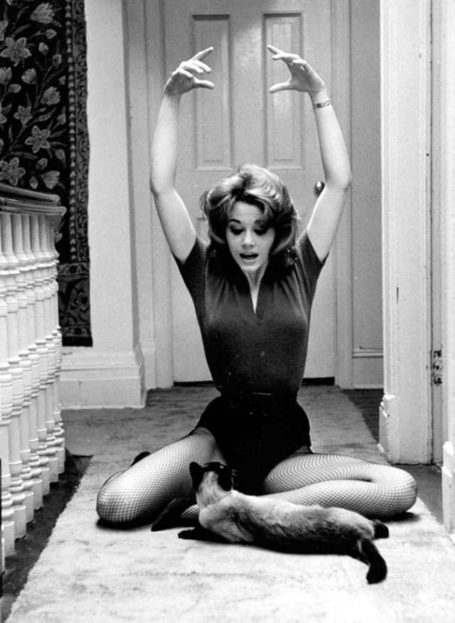 Jane Fonda Autors: Epicentrs Meitenes ar tīkliņiem