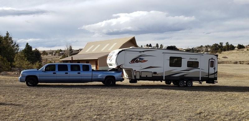 Autors: Fosilija Neparasts septiņu durvju limuzīns Chevy Silverado (12 foto)
