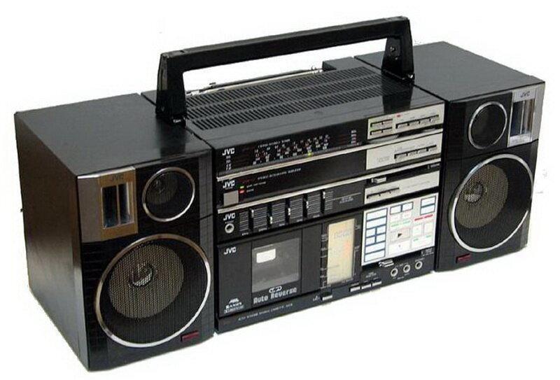 Radio magnetofona mednieki man... Autors: Fosilija Kāpēc JVC radioaparāti netika pārdoti Japānā