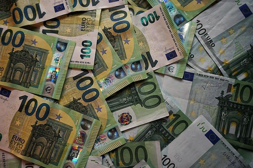 Policija norādījusi ka... Autors: matilde Vīrietis Itālijā nopelnījis pusmiljonu eiro, 15 gadus nestrādājot
