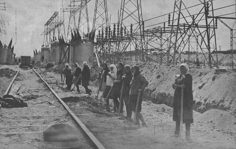 Revolūcija padarīja visus... Autors: Lestets PSRS 1930-to gadu dzīve