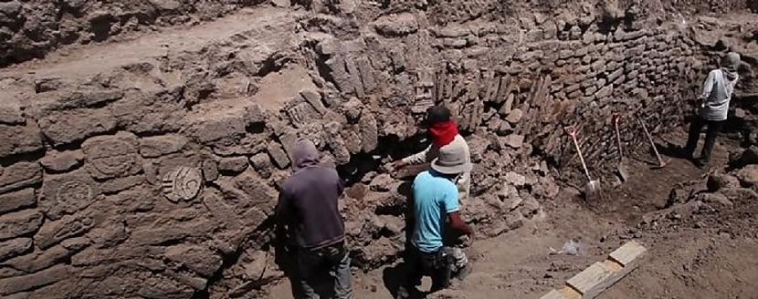 Kaut arī scaroneit ir redzama... Autors: Lestets Meksikas arheologi ir spiesti aprakt neparastu atklājumu