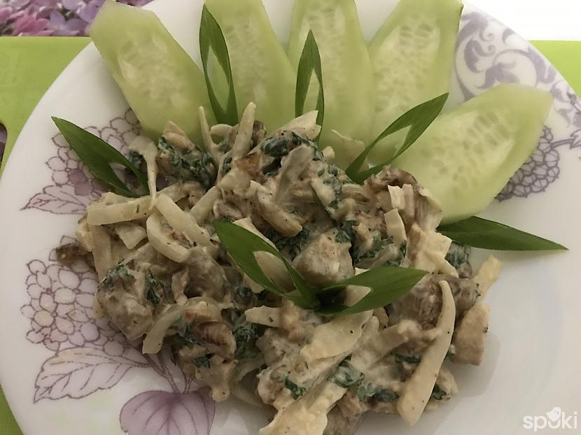 Vualā baraviku salāti gatavi... Autors: ezkins Baraviku salāti
