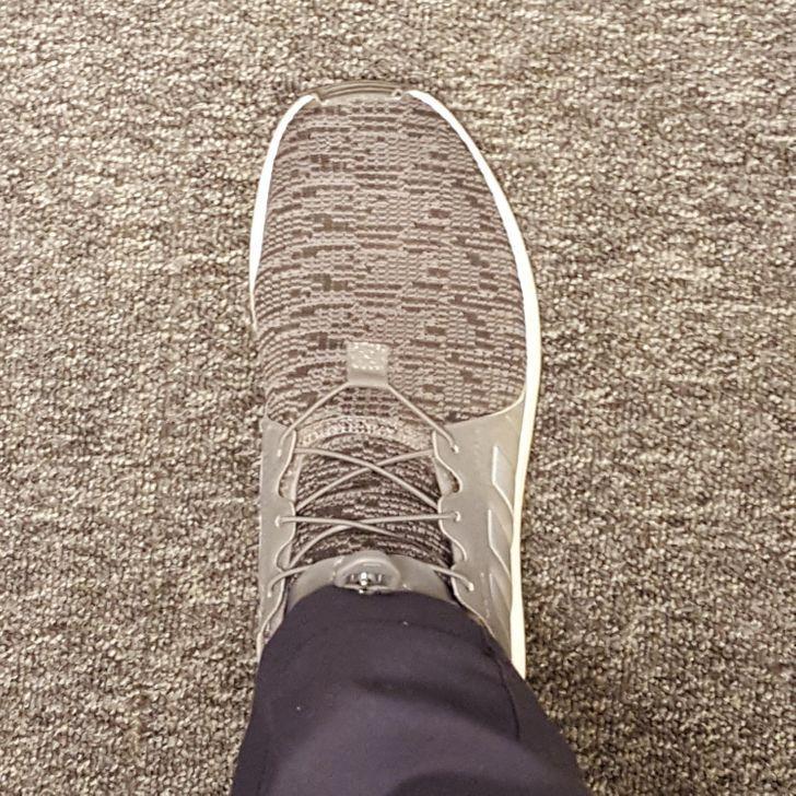 Nopirku sev jaunas kurpes un... Autors: Lestets 23 optiskās ilūzijas, kas liks apšaubīt tavu paļaušanos uz redzi